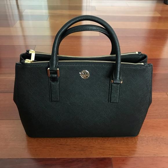 Tory Burch Handbags - Tory Burch Robinson Mini EW Tote- Black